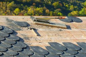 roofing-1808936_1920